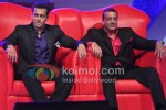 Sanjay Dutt & Salman Khan on Bigg Boss 5