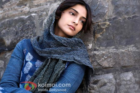 Sonam Kapoor (Mausam Movie Stills)