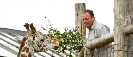 Zookeeper Review (Zookeeper Movie Stills)