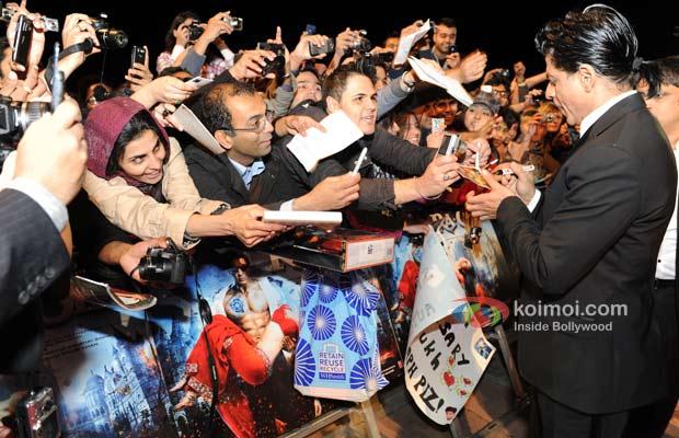 Shah Rukh Khan At London Premiere Of Ra.One