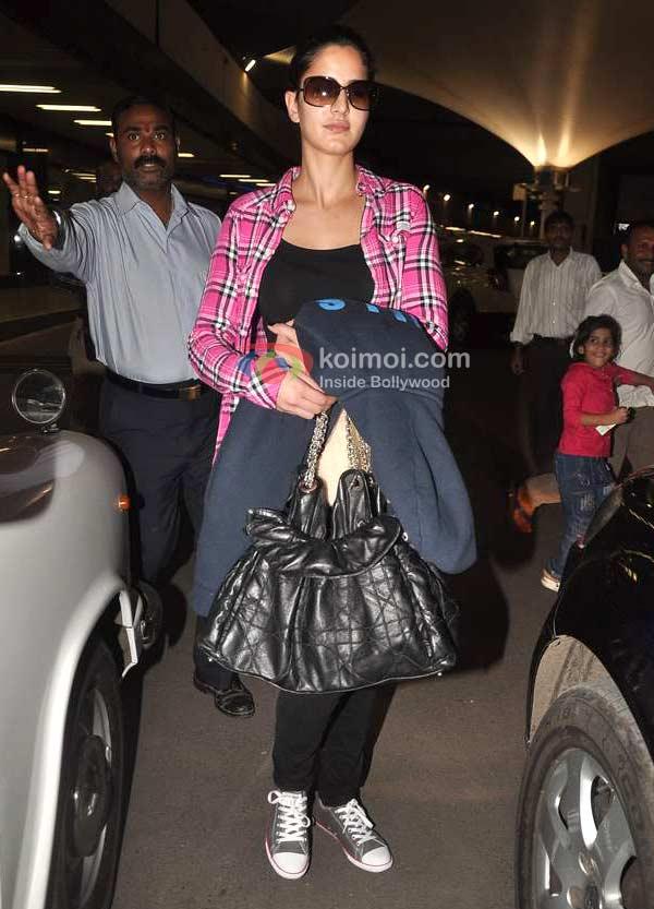 Katrina Kaif Spotted At Mumbai International Airport