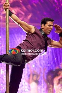 Akshay Kumar in Desi Boyz