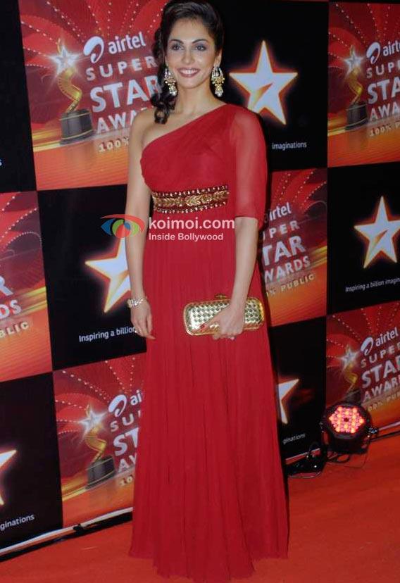 Eesha Koppikhar At Star Super Star Awards