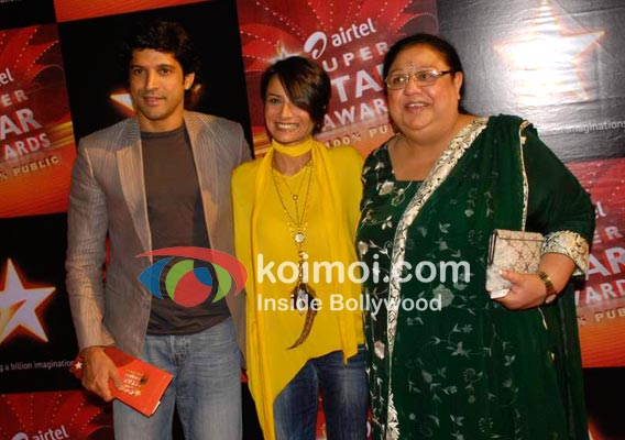 Farhan Akhtar, Adhuna Akhtar, Honey Irani At Star Super Star Awards