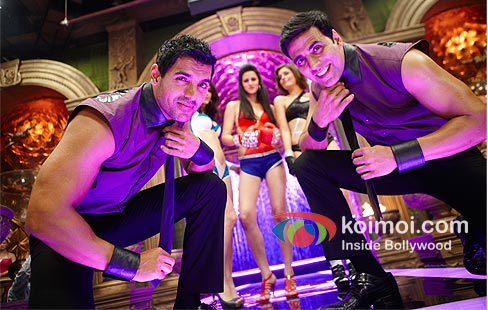 John Abraham, Akshay Kumar in Desi Boyz Movie Review