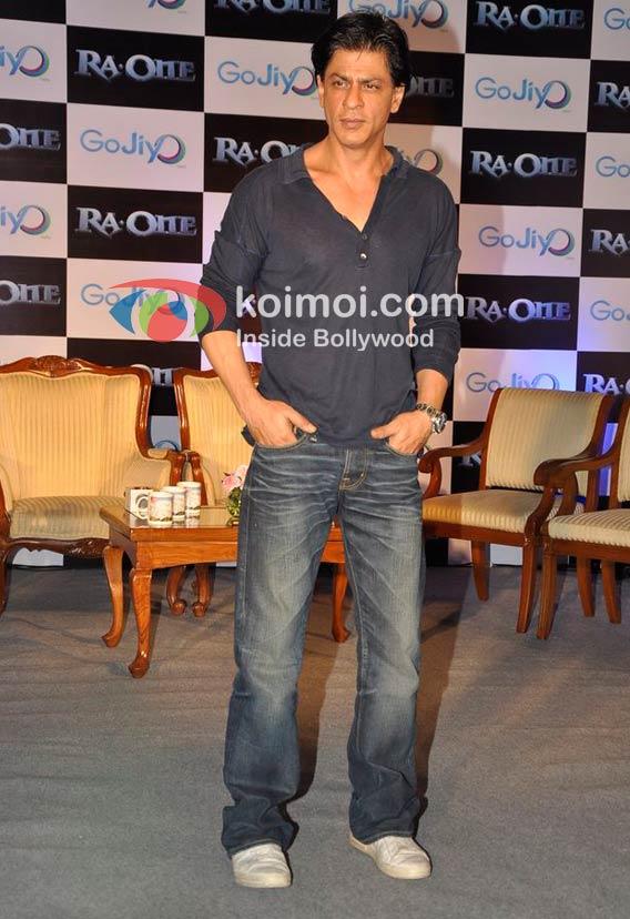 Shah Rukh Khan Meets Ra. One Contest Winners