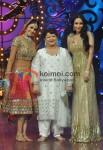 Genelia D'Souza ,Malaika Arora Khan On Sets Of Saroj Khan's Show