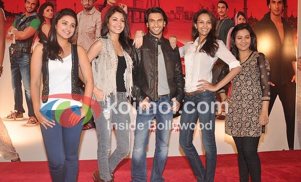 Parineeti Chopra, Anushka Sharma, Ranveer Singh, Dipannita, Sharma, Aditi, Sharma