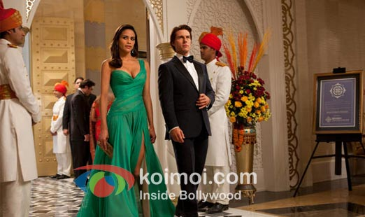 Tom Cruise In Mission Impossible Ghost Protocol