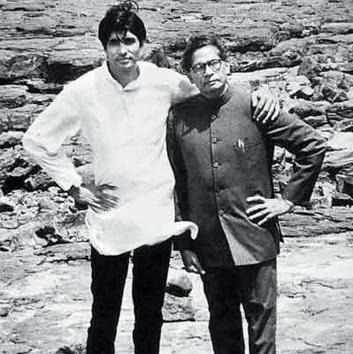 Amitabh Bachchan with Harivansh Rai Bachchan