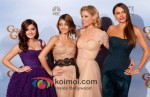 Ariel Winter, Sarah Hyland, Julie Bowen and Sofia Vergar At Golden Globe 2012 Winners Portrait