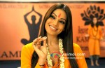 Bipasha Basu (Jodi Breakers Movie Stills)