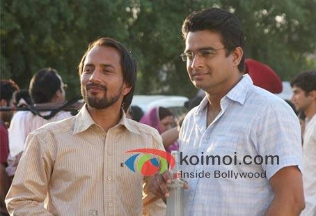 Deepak Dobriyal in Tanu Weds Manu