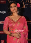 Divya Dutta At Apsara Awards 2012