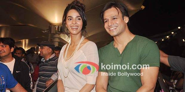 Mallika Sherawat with Vivek Oberoi