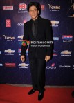 Shah Rukh Khan At Apsara Awards 2012