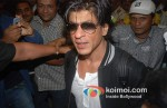 Shah Rukh Khan Return From Zee Awards
