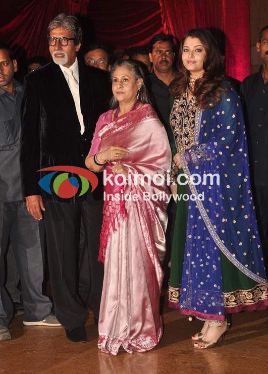 Amitabh Bachchan Jaya Bachchan Aishwarya Rai Bachchan At Ritesh