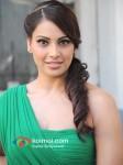Bipasha Basu Promote Jodi Breakers