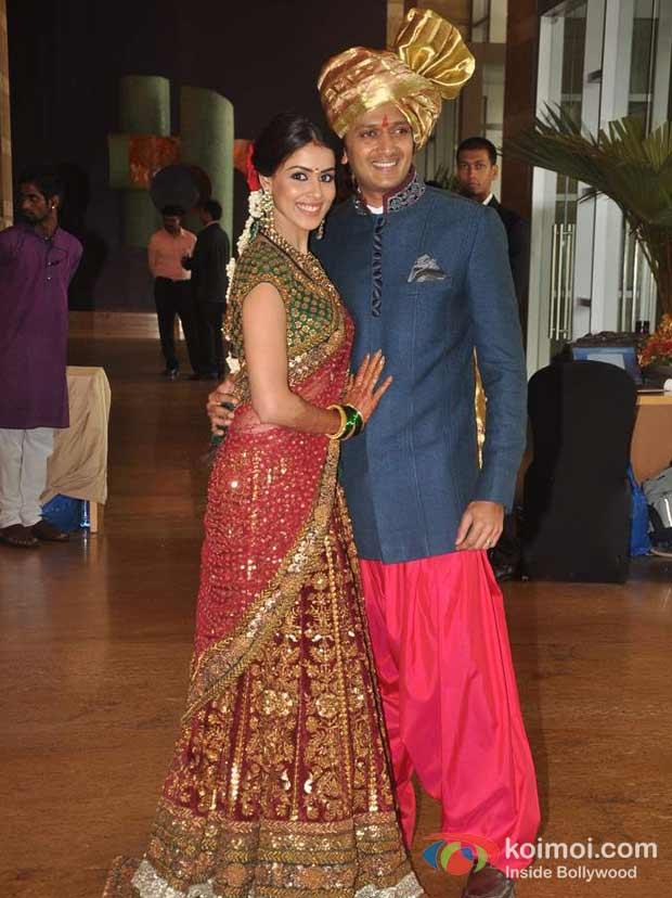 Genelia Dsouza Ritesh Deshmukh At Dheeraj Deepshikha Wedding Koimoi