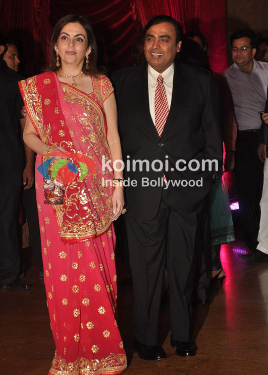 Neeta Ambani Mukesh Ambani At Ritesh Genelia Wedding Reception Koimoi