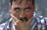 Akshay Kumar gets ready for a fight in Rowdy Rathore Movie Stills