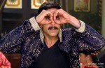 Akshay Kumar is looking for someone in Rowdy Rathore Movie Stills