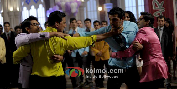 Ritesh Deshmukh, Akshay Kumar, John Abraham, Shreyas Talpade (Housefull 2 Movie Stills)
