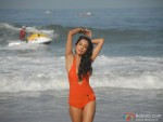 Sarah Jane Dias hot at beach in Kyaa Super Kool Hain Hum Movie Stills