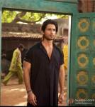 Shahid Kapoor sports black In Teri Meri Kahaani Movie Stills