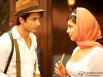 Shahid Kapoor & Priyanka Chopra share a moment in Teri Meri Kahaani Movie Stills