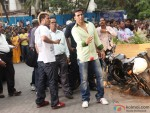 Akshay Kumar appearance in public at song shooting of Oh My God movie stills