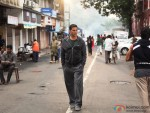 Akshay Kumar walk on road at song shooting of Oh My God movie stills