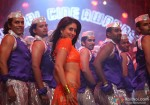 Kareena Kapoor looks sexy in an Indian attire Halkat Jawani Song in Heroine Movie Stills