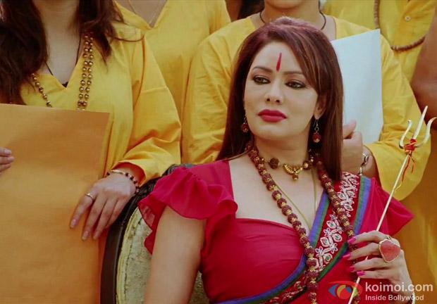 Akshay Kumar having a lot of fun in OMG Oh My God! Movie Stills