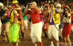 Sonakshi Sinha, Akshay Kumar, Shreyas Talpade and Minissha Lamba dancing to the tunes of a foot tapping number in Joker Movie Stills