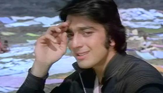 Aa Dekhein Zara Song Stills