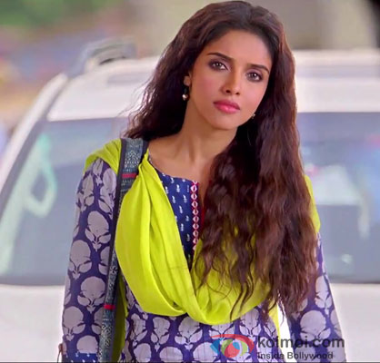 Asin In Bol Bachchan Movie