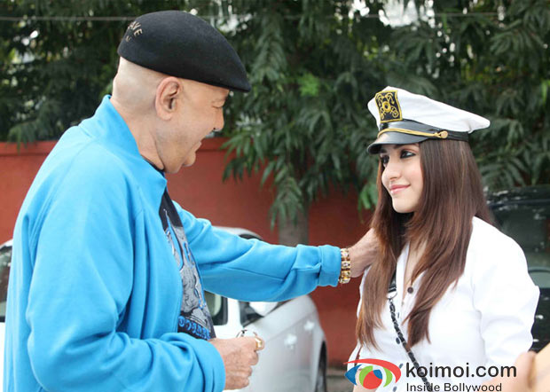 Prem Chopra, Kainaz Motivala in Challo Driver Movie Stills