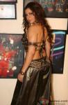 Sambhavna Seth shows her hot & sexy back