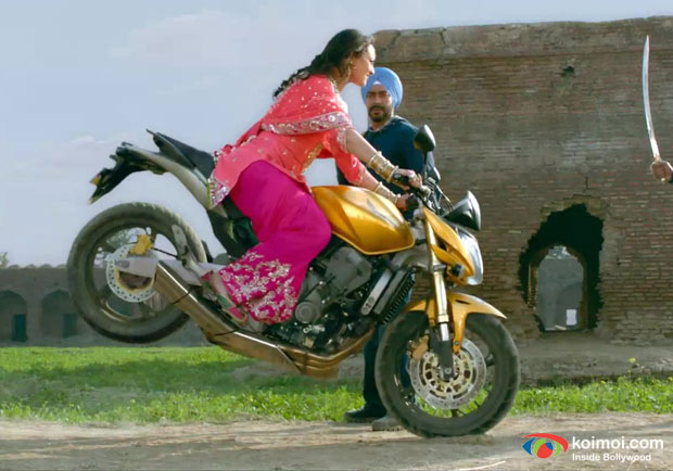 Sonakshi Sinha in Son Of Sardar Movie Stills