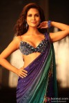 Suave Esha Gupta daunting the ethnic look in Jannat 2 Movie