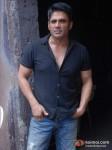 Sunil Shetty On The Sets Of Mere Dost Picture Abhi Baki Hai