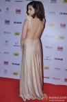 Alia Bhatt flaunts her sexy back