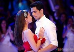 Alia Bhatt in the arms of Sidharth Malhotra in Student Of The Year Movie Stills