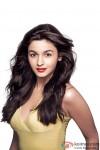 Alia Bhatt looks stunningly Hot