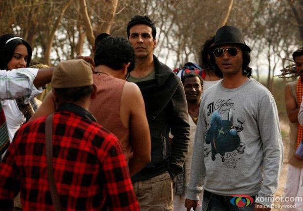 Shirish Kunder on the sets of Joker Movie with Akshay Kumar and Sonakshi Sinha