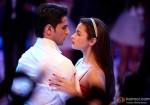 Sidharth Malhotra and Alia Bhatt's Romantic Scene from Student Of The Year Movie Stills
