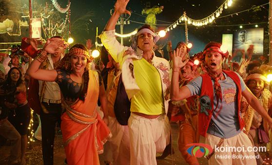 Sonakshi Sinha, Akshay Kumar and Shreyas Talpade (Joker Movie Stills)