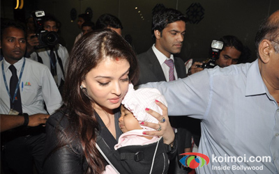 Aishwarya Rai Bachchan with her baby Aaradhya